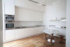 White kitchen, very simple