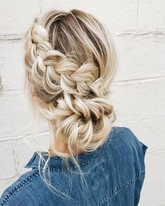 Pin by )lia equest( on hairstyles in 2019 hair styles, blonde hair, hair. Cool Braid Hairstyles, Pretty Hairstyles, Wedding Hairstyles, Hairstyles 2018, Winter Hairstyles, Headband Hairstyles, Curly Hair Styles, Natural Hair Styles, Hair Videos