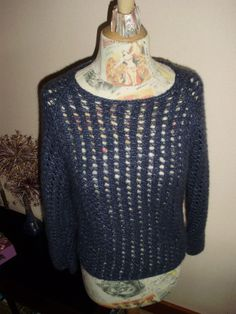 Pour Amandine, Phildar, le catalogue du départ en retraite... Catalogue, Sweaters, Fashion, Knits, Moda, Fashion Styles, Sweater, Fashion Illustrations, Sweatshirts