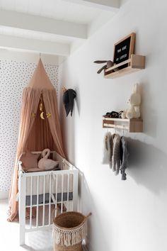 baby girl nursery room ideas 432204895492689431 - Room tour: kijkje in de babykamer ♥ Source by Baby Bedroom, Baby Boy Rooms, Baby Room Decor, Nursery Room, Kids Bedroom, Room Baby, Girl Nursery, Kids Rooms, Wood Nursery