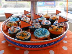 Beat the vols cupcakes