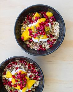 Keeping it healthy before Christmas with muesli bowl w/ coconut yoghurt, mango, pomegranate, and passion fruit. #lunch #smoothiebowl #smoothie