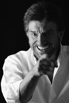 Gigi Proietti(Luigi Proietti) Attore, regista, doppiatore e cantante italiano Nato il 2 novembre (1940) -