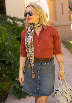 Meet the Top 10 Scarf Bloggers of September 2015