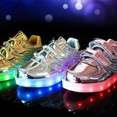 Korean Version LED Light Up Shoes With Wings For Kids