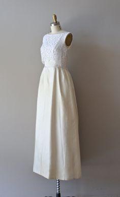 1960s wedding dress / 60s wedding gown / Mignonette gown