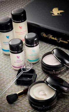 Beautiful skincare range including a non surgical face lift. Forever Aloe, Forever Living Products, Health And Wellbeing, Aloe Vera, How To Stay Healthy, Health And Beauty, Skin Care, Pure Products, Face Skin