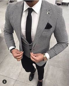Hounds tooth suit.