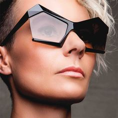 Geometric Collection Diamond Shades: Gafas con diseño geométrico por el colectivo 13&9...