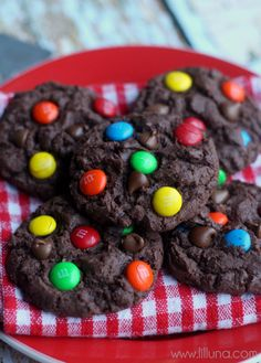 YUMMY Chocolate Chip MM Cake Cookies