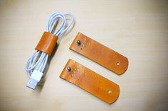 2 pcs Leather cord organizer - vegetable tanned cord organizer