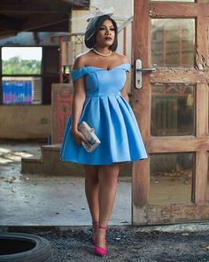 One of the most celebrated Ghanaian actresses, Zynnell Zuh has recently released her latest hot shot on the social media and Ghanaians are no getting enough of its class. African Bridesmaid Dresses, Short African Dresses, Latest African Fashion Dresses, African Print Dresses, African Print Fashion, Lace Dress Styles, African Traditional Dresses, African Attire, Dress Outfits