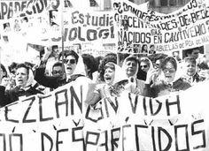 Madres de Plaza de Mayo, Argentina, por la vida y recuperación de la memoria y la identidad.