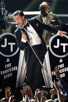"Justin Timberlake showing great swag as he performs ""Suit & Tie"" at the Grammys"