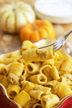 Rigatoni With Sweet Turkey Sausage and Creamy Pumpkin Sauce Easy Pasta Recipes, Real Food Recipes, Zoodle Recipes, Pizza Recipes, Dinner Recipes, Pumpkin Sauce, Sweet Italian Sausage, Fast Dinners, How To Cook Sausage