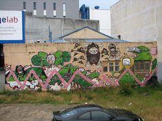 Yelz et al.  20091229 Te Aro Graffiti_006 by TELPortfolio, via Flickr