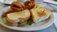 Fentons Creamery and Restaurant: The Crab Salad Sandwich with Onion Rings