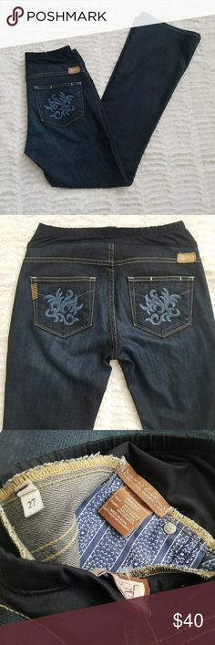 New MATERNITY  paige jeans New never worn paige jeans. Laurel canyon  Lowrise Bootcut  27x30 PAIGE Jeans