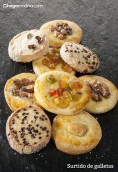 Joseba Arguiñano prepara un surtido de galletas caseras variadas con frutos secos, fruta escarchada, pasas o chocolate.