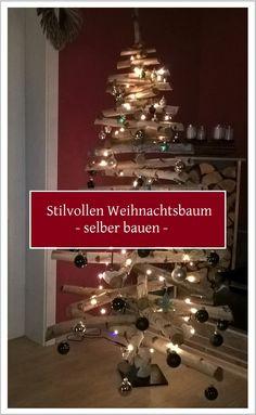 Es ist noch nicht zu spät, einen Weihnachtsbaum zu bauen: Auf meinem Blog beschreibe ich, wie wir einen Weihnachtsbaum aus Birkenstämmen selber gebaut haben. Festlich dekoriert ist er tolle Alternative zum klassischen Weihnachtsbaum, an dem man lange Freude haben wird.