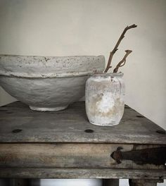 "artpropelled: "" Mrandmrscharlie on Instagram "" Wabi Sabi, Ceramic Bowls, Ceramic Pottery, Ceramic Art, Ceramic Decor, Deco Zen, Magazine Deco, Terracota, Clay Pots"
