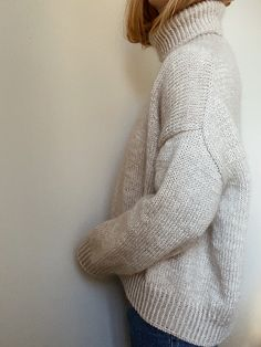 Knitted Sweater Women/'s Fuzzy Sweater Warm Winter Pullover Knit Top White Sweater Elegant Romantic Soft Jumper Short Sleeve Shoulder Padding