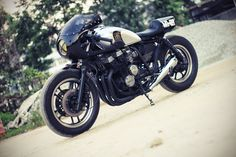 :: free the wheels ::: cbx750 cafe racer