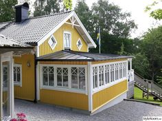 Interior Exterior, Exterior Design, Homestead Property, Country Home Exteriors, Yellow Houses, House Painting, Future House, Home Remodeling, House Plans