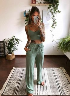 Casual Chic Outfits, Looks Style, Casual Looks, Mode Outfits, Fashion Outfits, Fashion Skirts, Modest Fashion, Mode Hippie, Sport Top