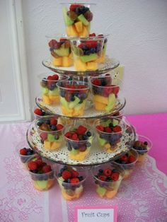 New wedding food buffet appetizers fruit displays Ideas Party Food Platters, Party Trays, Party Snacks, Fancy Party Appetizers, Wedding Appetizers, Outdoor Party Foods, Picnic Foods, Fruits Decoration, Fruit Buffet