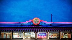 Diner Time by dovetaildw, via Flickr