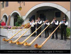 Cors des Alpes à la fête du retour des alpages