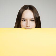 紙を咥える美人画像。素材。 これ何かに使えそう。 | A!@attrip