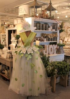 Glorious burlap & lace ideas