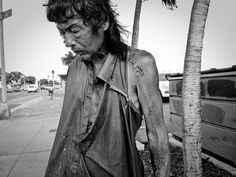 After 10 Years Of Photographing Homeless People, Photographer Discovers Her Own Father Among Them | Bored Panda