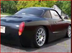VW Karmann Ghia - very nicely done. In a way the predecessor of the Scirocco, also built by Karmann in Osnabrück.