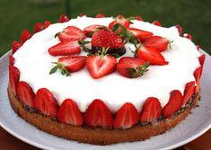Smotanová torta s jahodami - recept