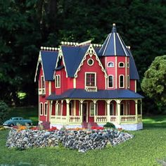 garfield by kathy walsh Miniature Rooms, Miniature Houses, Mini Houses, Little Houses, Dollhouse Kits, Dollhouse Miniatures, Victorian Dolls, Victorian Dollhouse, Hippie Vintage