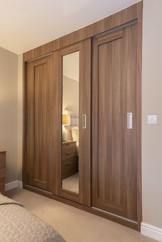 Wardrobe Interior Design, Bedroom False Ceiling Design, Bedroom Cupboard Designs, Bedroom Closet Design, Bedroom Furniture Design, Kitchen Room Design, Home Room Design, Bathroom Design Small, Bedroom Built In Wardrobe