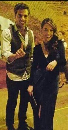 Serkan Çayoğlu & Özge Gürel Adrianne Curry, Cherry Season, Fox Tv, Actor Studio, Black And White Love, Handsome Actors, Turkish Actors, Best Couple, Cute Couples