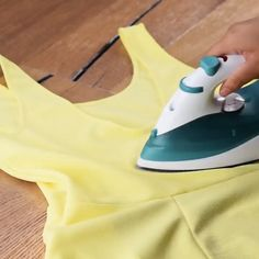 Fantastic how to remove hacks are offered on our site. Check it out and you wont… - Home Cleaning Hacks Household Cleaning Tips, Deep Cleaning Tips, House Cleaning Tips, Diy Cleaning Products, Cleaning Hacks, Natural Cleaning Solutions, Spring Cleaning, Amazing Life Hacks, Simple Life Hacks