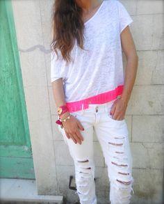 #ShopIbizaPassion #NeonLife #armparty #pitusa #whiteoutfit #bianco #fashionblogger #girl #ibiza #miami #pink #ibizapassion #bijoux #bracelets #jewels #spain #italy #fashionblog #fashioninspiration #style #hippychic #pink # colors
