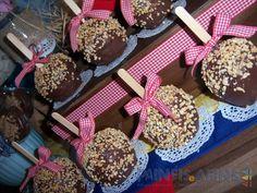 Maçãs com cobertura de chocolate #festajunina