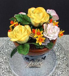 Flowerpot cake - Cake by Julia bend