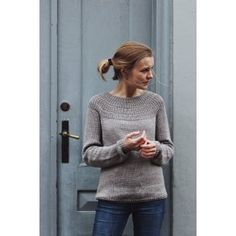 Anker's Pullover Sweater is worked top-down. The yoke consists of segments of … Ropa Free People, Style Feminin, Work Tops, Stockinette, Pulls, Pullover Sweaters, Knitting Patterns, Sweater Patterns, Knit Crochet