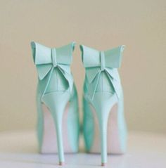 Dresses of the entourage will go from light to dark shades of blue. Will wear tiffany blue wedding shoes for something blue ;) #weddingshoe #weddingshoes