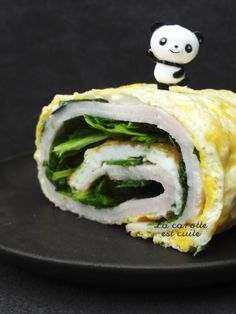 Omelette roulée roquette et fromage Omelette Roulée, Sushi, Tacos, Cooking, Breakfast, Omelettes, Ethnic Recipes, Food, Drink