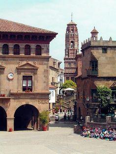 Poble Espanyol in Barcelona. Das nachgebaute spanische Dorf mitten in der Stadt