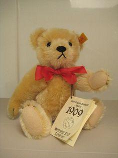 Steiff Vintage Teddy Bear - 1909 Replica - EAN 406201