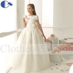 Cheap gown clearance, Buy Quality gown gown directly from China gown embroidery Suppliers: Spanish Design Short Sleeve Ivory Princess Vestido De Festa De Casamento Vestidos De Comunion 2015 Holy Communion DressU